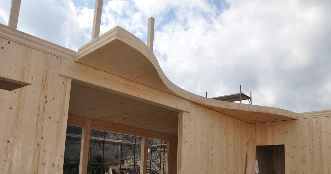 Applicazioni del pannello x lam per costruzioni in legno for Costruzioni in legno